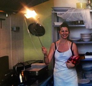 Chef Lisanne in an Italian kitchen on the farm